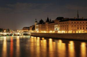 Paris les bords de Seine